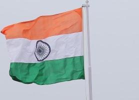 بلومبرگ مدعی شد: هند احتمالاً خرید نفت از ایران را کاهش می دهد