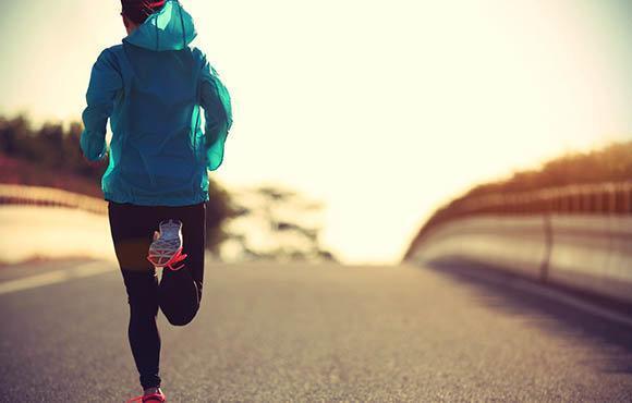 پیاده روی موثرترین روش برای درمان وریدهای واریسی