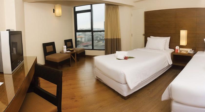آشنایی با هتل 3 ستاره سیزنز پاتایا