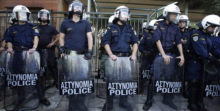 درگیری پلیس یونان با معلمان معترض به قوانین کاری