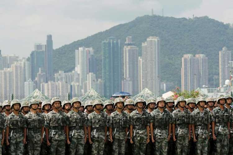 احتمال استقرار ارتش چین در خیابان های هنگ کنگ
