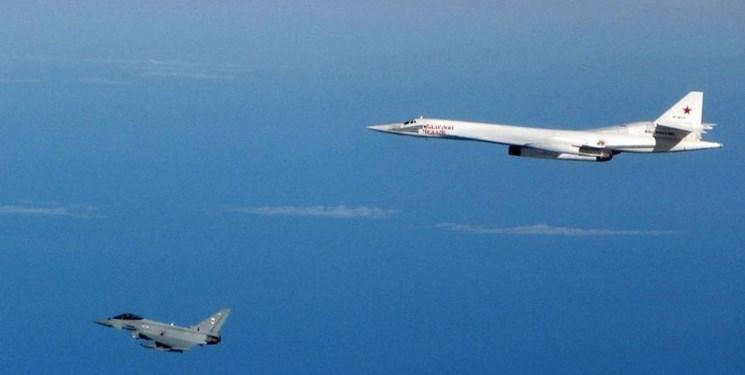 رهگیری دو بمب افکن روس توسط جت های آمریکا و کانادا