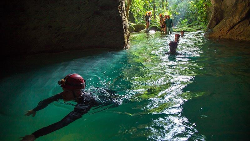 ده مورد از غارهای مقدس دنیا