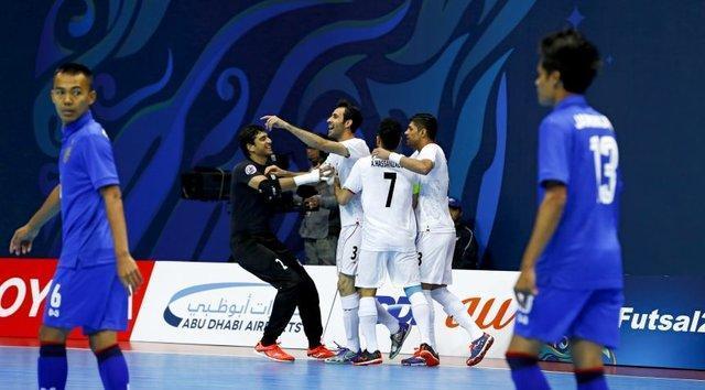 صعود فوتسال ایران به نیمه نهایی با گلباران تایلند