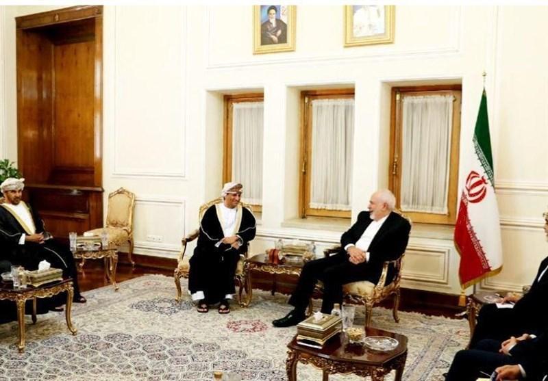معاون وزیر خارجه عمان با ظریف در تهران دیدار کرد