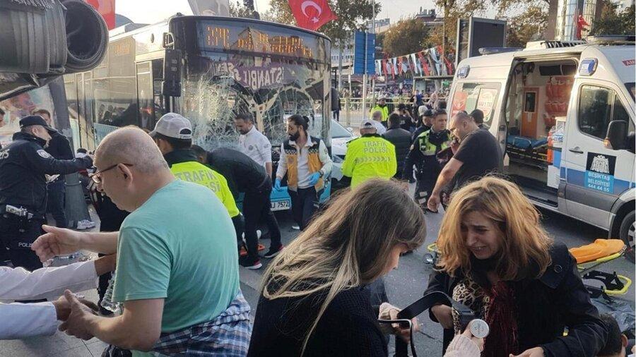 وحشی گری یک راننده اتوبوس در استانبول ، 3 ایرانی و 2 کودک در میان زخمی ها ، اولین تصاویر صحنه هولناک