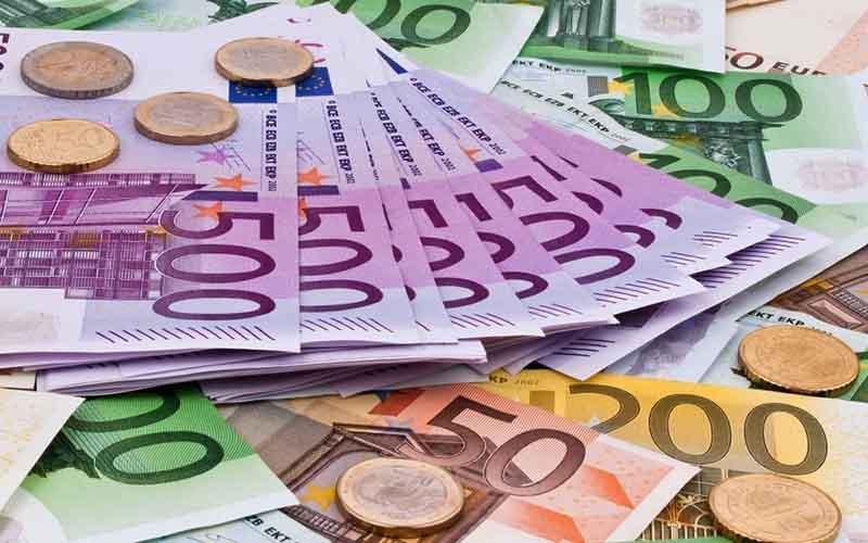 کاهش ارزش یورو با دستور انتخابات مجدد در ایتالیا