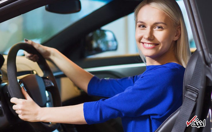 قانون سختگیرانه رانندگی در کانادا: تعویض آهنگ با تلفن همراه حین رانندگی ممنوع!