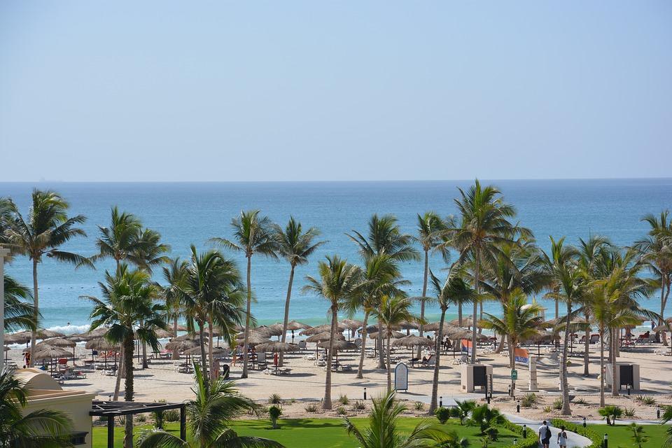 پیش به سوی دیدنی ترین سواحل عمان