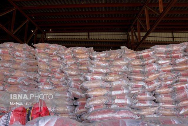 کشف انبار برنج وارداتی در بیرجند