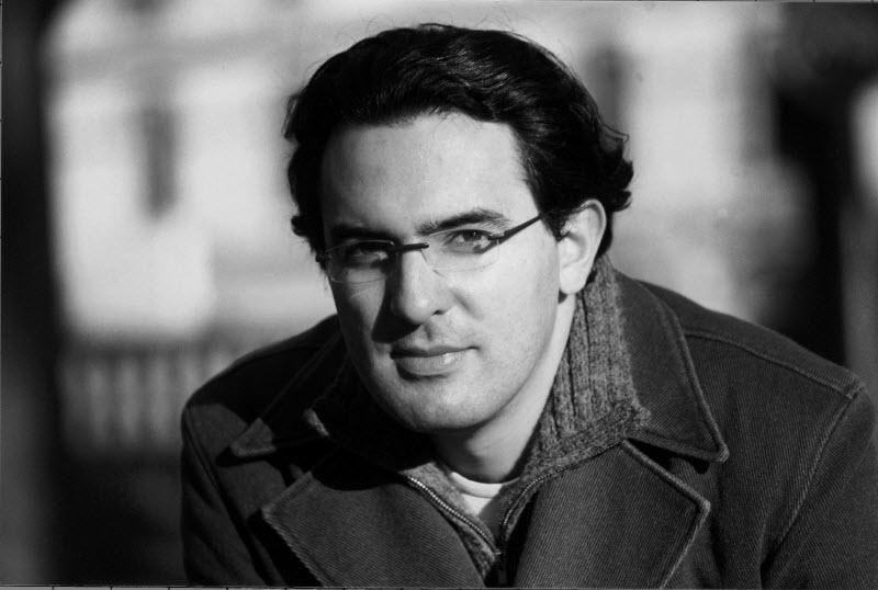 کتاب شبح ویرانی ها - خوان گابریل واسکز