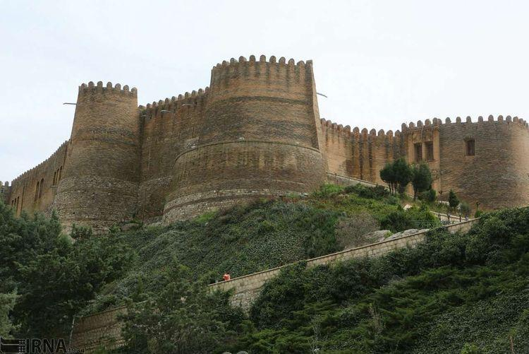 خسارت زلزله به قلعه فلک الافلاک لرستان