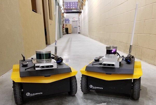 رباتی که تغییرات محیطی مشکوک را به اطلاع سربازان می رساند