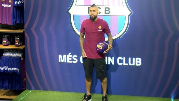ویدال فعلا بارسلونا را ترک نمی کند