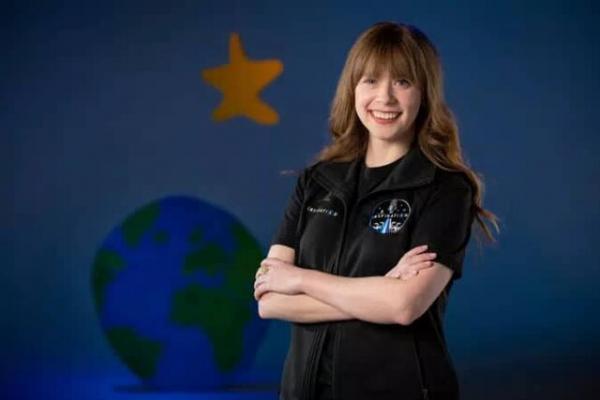 اولین جهانگرد فضایی اسپیس ایکس یک دختر 29 ساله آمریکایی خواهد بود