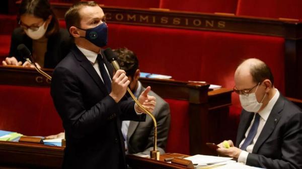 کرونا و سوء مدیریت مکرون؛ فرانسه روبرو با صدها میلیارد دلار کسری بودجه