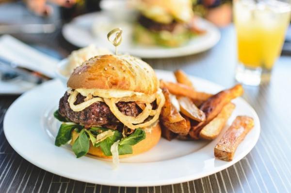 10 مورد از برترین رستوران ها و غذاهای خوراکی در سنت اندروز اسکاتلند